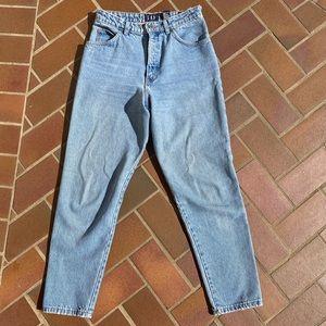 Light wash comfy vintage denim jeans